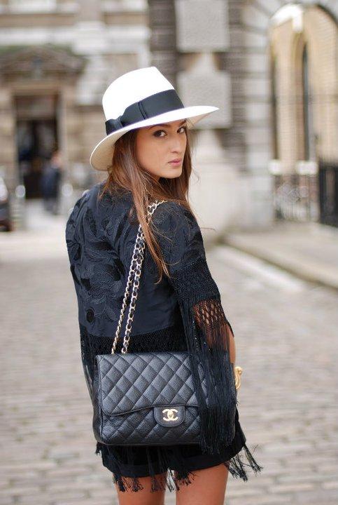 Yves Saint Laurent HAT for Modates.gr CHANEL look for MOdates.gr ... 6e2f70a0b