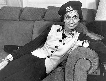 Fashion icons Coco Chanel by modates.gr (5)
