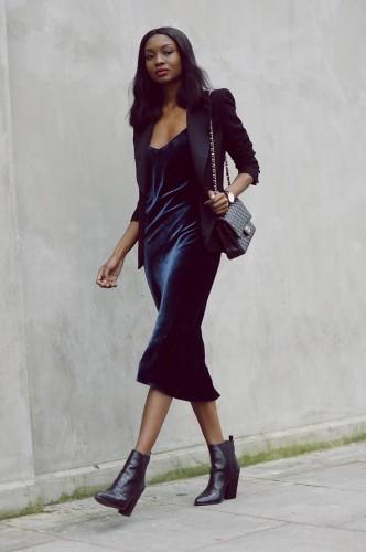velvet dress by modates.gr